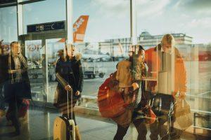 טיסות לואו קוסט מול רגילות